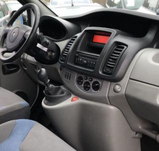Renault trafic 1 2 3 autoradio gps bluetooth autoradio gps android camera de recul commande au volant ipod tv dvbt 3g 4g pas cher wifi 4
